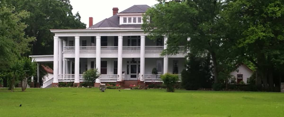 Greek Revival Southern Plantation in Cochran Hero Image in undefined, Cochran, GA