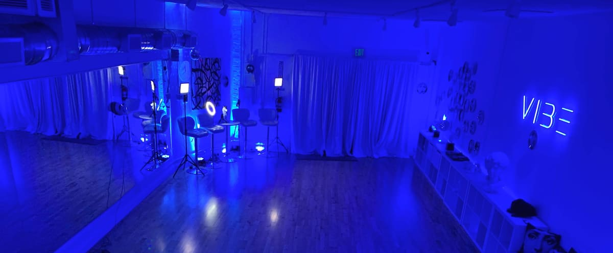 24/7 open West LA - Studio for DANCE I YOGA I Fitness I Workshops I Rehearsals I Photoshoots I in Los Angeles Hero Image in Palms, Los Angeles, CA