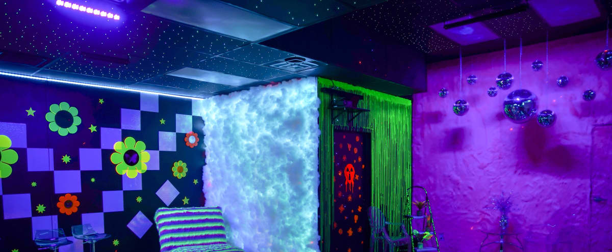 Kosmo Room - Neon RAVE studio w/ starry ceiling, iridescent floor and black lights in Las Vegas Hero Image in undefined, Las Vegas, NV