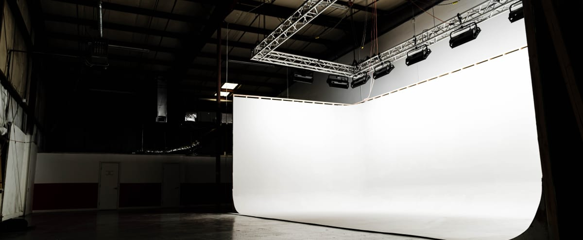 Strip Located Production Warehouse | Lights Are Add Ons in Las Vegas Hero Image in unit 2, Las Vegas, NV