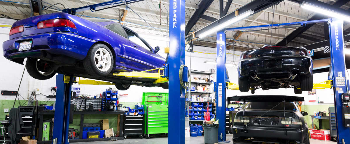 Auto Repair Shop with Four Car Lifts in Burbank Hero Image in undefined, Burbank, CA