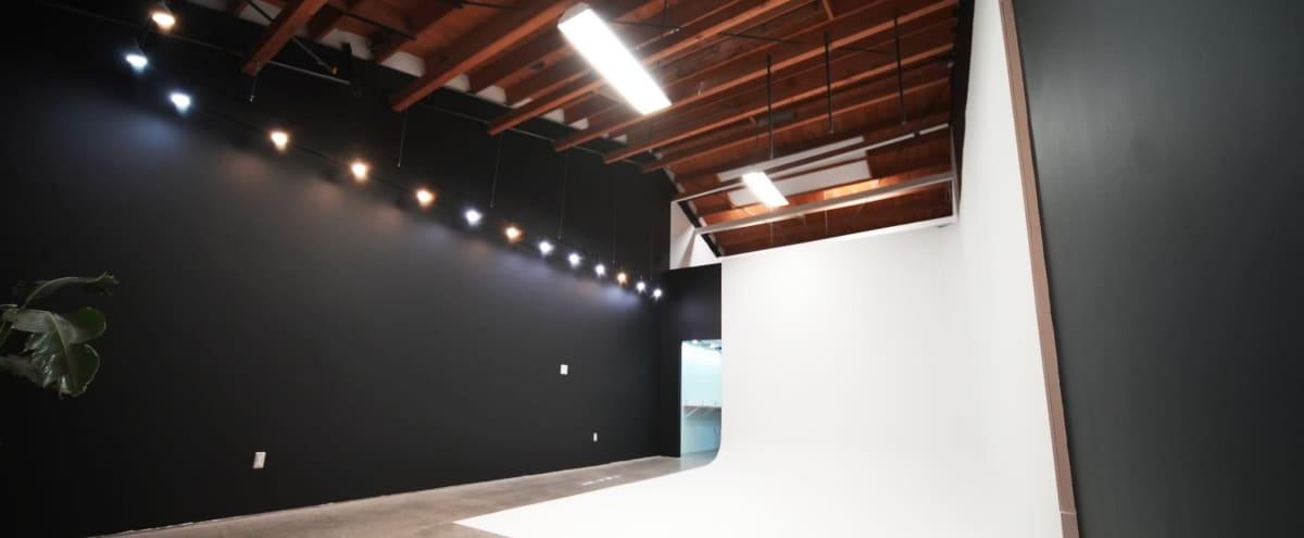 West LA Indy Studio Space (vaulted ceilings) in Los Angeles Hero Image in Crenshaw, Los Angeles, CA