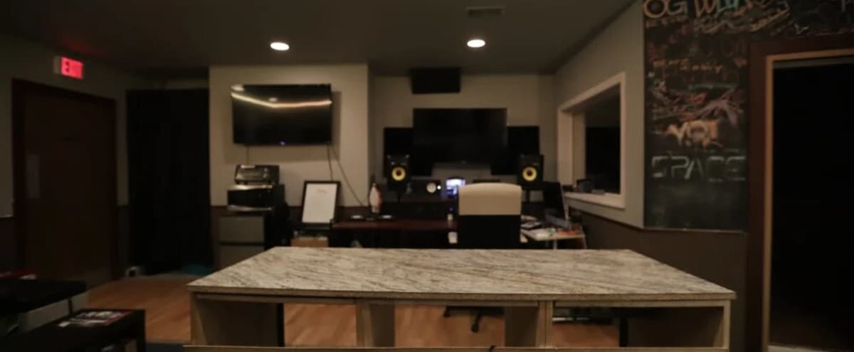 California Vibe Washington, DC music recording studio in Temple Hills Hero Image in undefined, Temple Hills, MD