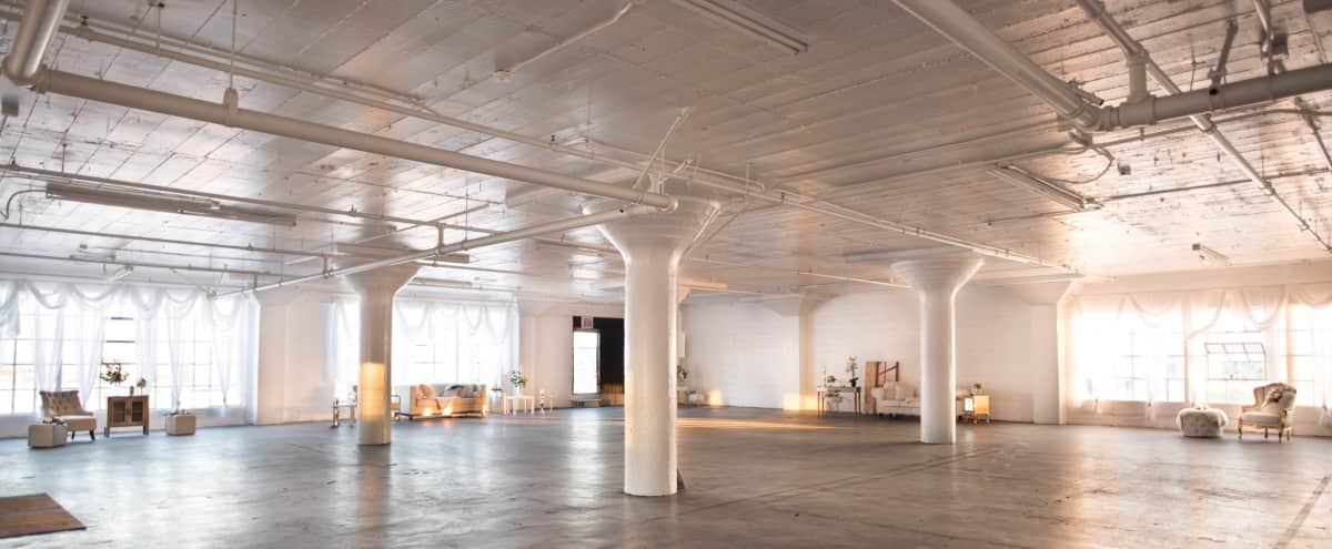 6000 Sq Ft DTLA Large Furnished White Studio in Los Angeles Hero Image in Downtown, Los Angeles, CA