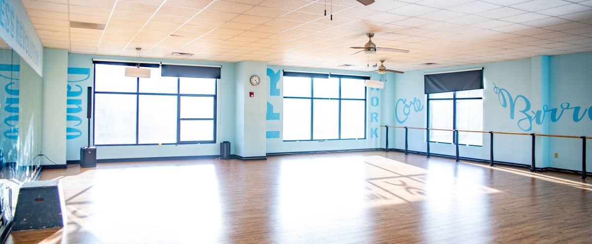 Open and Clean Studio Space in Cobb Just Outside of Atlanta in Mableton Hero Image in undefined, Mableton, GA