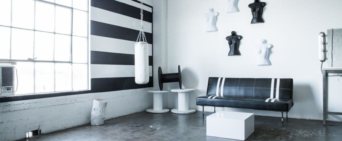 Ecommerce / Commercial Studio with White Cyc Infinity wall. in Los Angeles Hero Image in Central LA, Los Angeles, CA