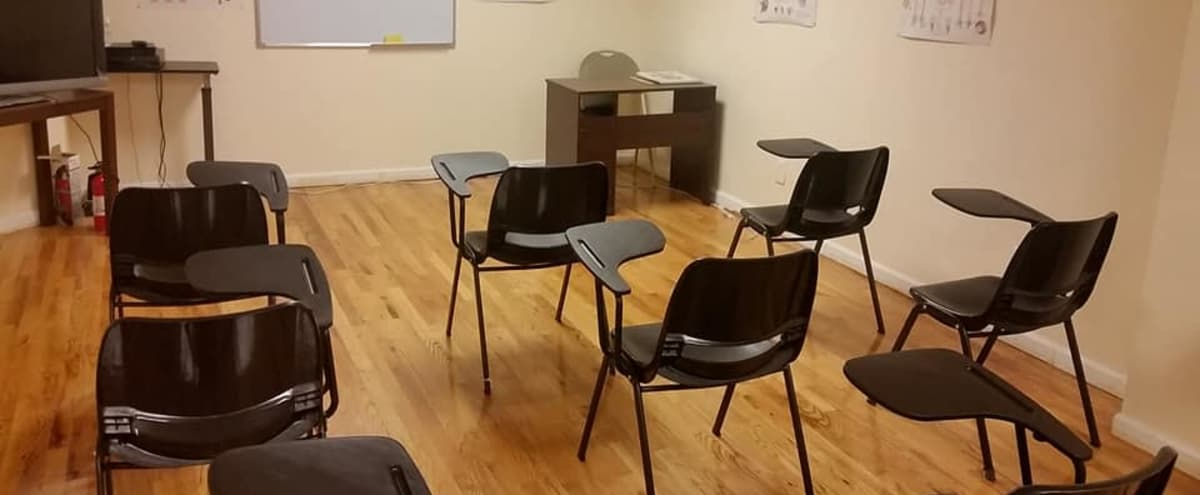 Open Space Classroom in New Hyde Park Hero Image in undefined, New Hyde Park, NY