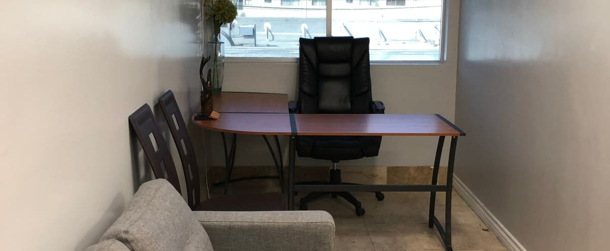 Temporary Office for Lease with Conference Table in Van Nuys Hero Image in Van Nuys, Van Nuys, CA