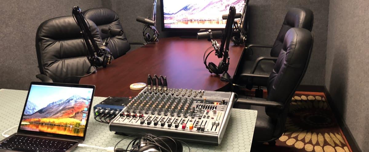 East Austin Studio, Conference Room, Podcast Studio, Lounge/Bar in Austin Hero Image in Montopolis, Austin, TX