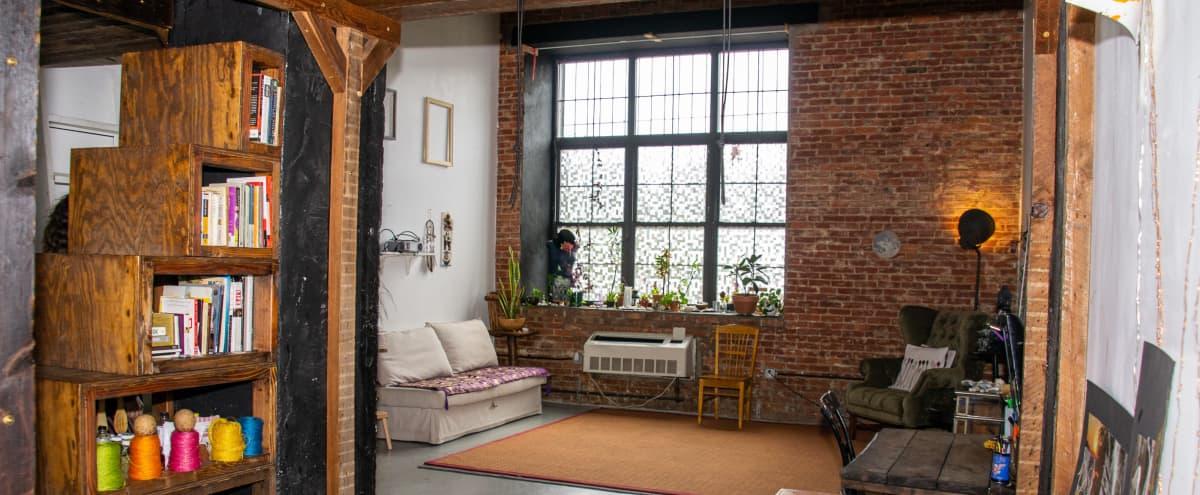 Large high ceiling  size  studio in ridgewood Hero Image in Ridgewood, ridgewood, NY