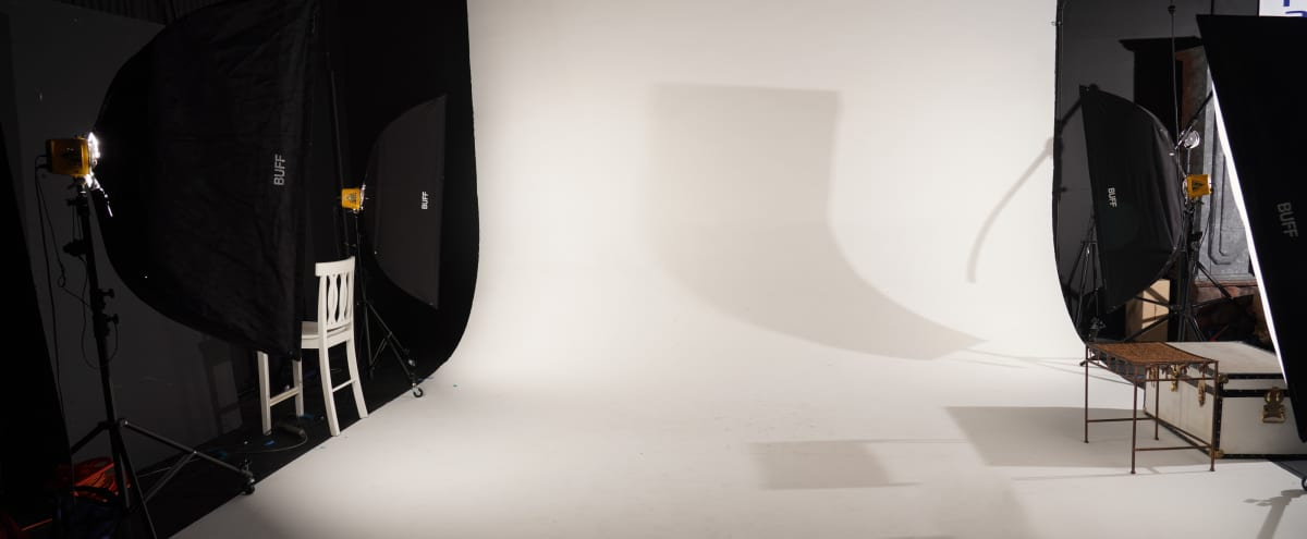 1000sq ft Studio: Cyclorama Wall, Black Out Wall, Props and More! in ORANGE Hero Image in undefined, ORANGE, CA