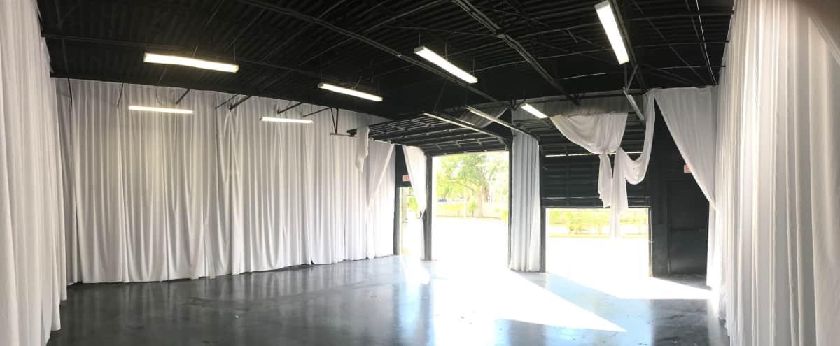 Roomy Industrial Warehouse Sunrise Area in Sunrise Hero Image in undefined, Sunrise, FL