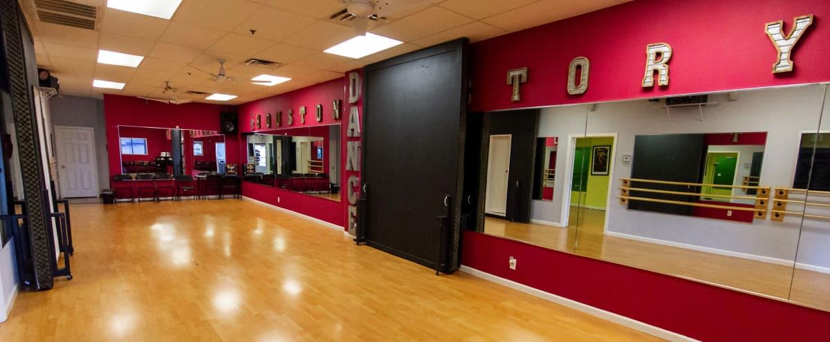 Versatile Dance Studio - Parties - Classes - Events in Houston Hero Image in Sharpstown, Houston, TX