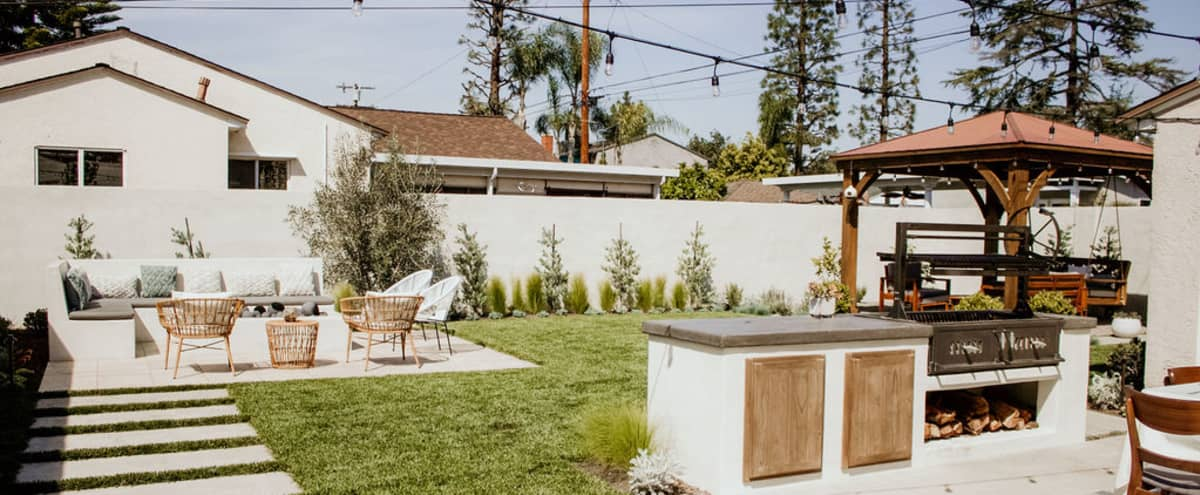Contemporary Modern Backyard and House in Long Beach Hero Image in Old Lakewood City, Long Beach, CA