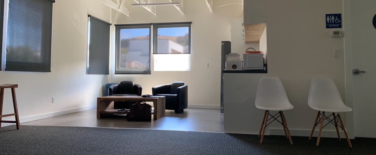 Light-Filled, Creative Modern Meeting Space w/ AC & Conference Room in San Francisco Hero Image in Mission District, San Francisco, CA