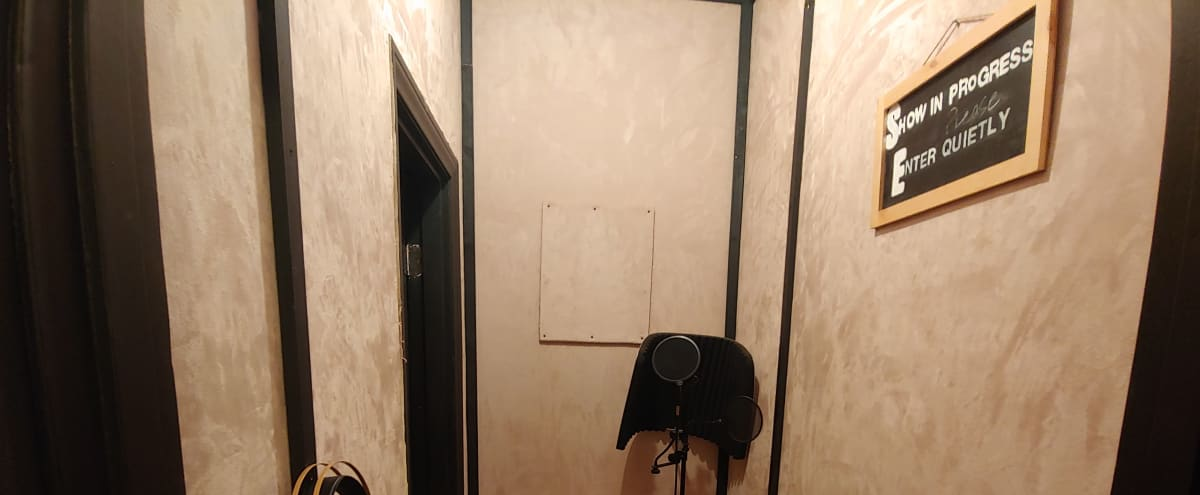 Recording Studio in the Heart of Hollywood off Sunset Blvd in Los Angeles Hero Image in Hollywood, Los Angeles, CA
