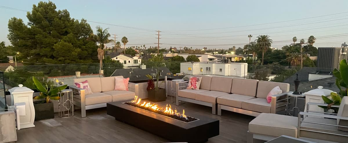 Amazing Rooftop with views of the  Hollywood Sign and Beautiful Sunsets in Los Angeles Hero Image in Central LA, Los Angeles, CA