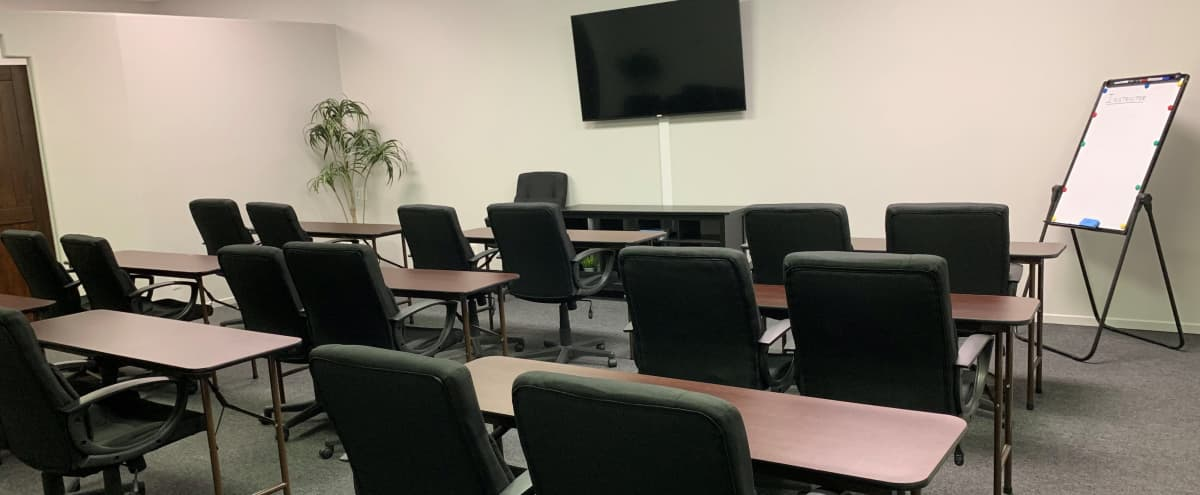 Equipped Meeting Room in Palm Desert in Palm Desert Hero Image in undefined, Palm Desert, CA