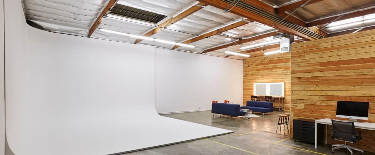 Exquisite Eastside Studio in Los Angeles Hero Image in Northeast Los Angeles, Los Angeles, CA