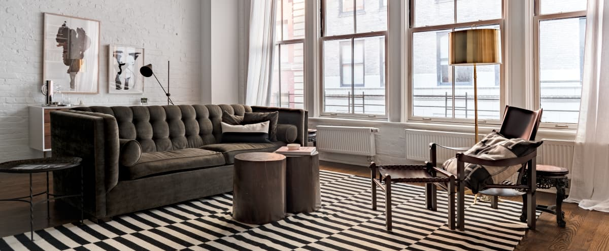 1,700 sq/ft boutique apartment fully equipped with spacious bathroom offering natural light and premium finishings in Tribeca in New York City Hero Image in Tribeca, New York City, NY