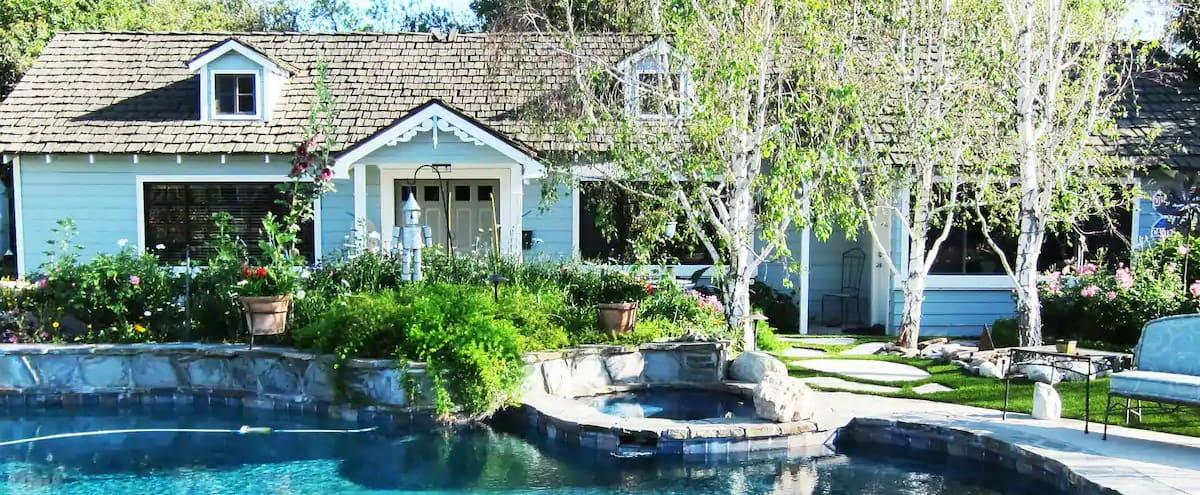 Linda's Gardenside Pool Oasis in Northridge Hero Image in Northridge, Northridge, CA