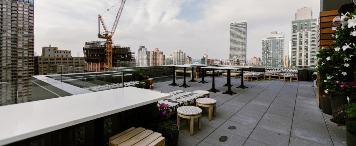Popular Midtown Rooftop with Stunning Views in New York Hero Image in Midtown, New York, NY
