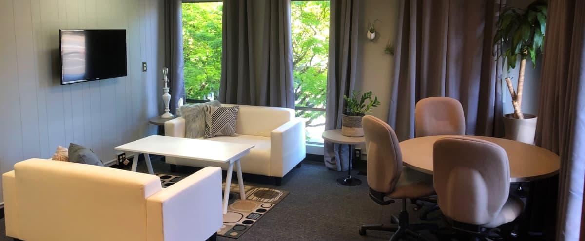 Lounge - comfortable work/meeting space in Portland Hero Image in Multnomah, Portland, OR
