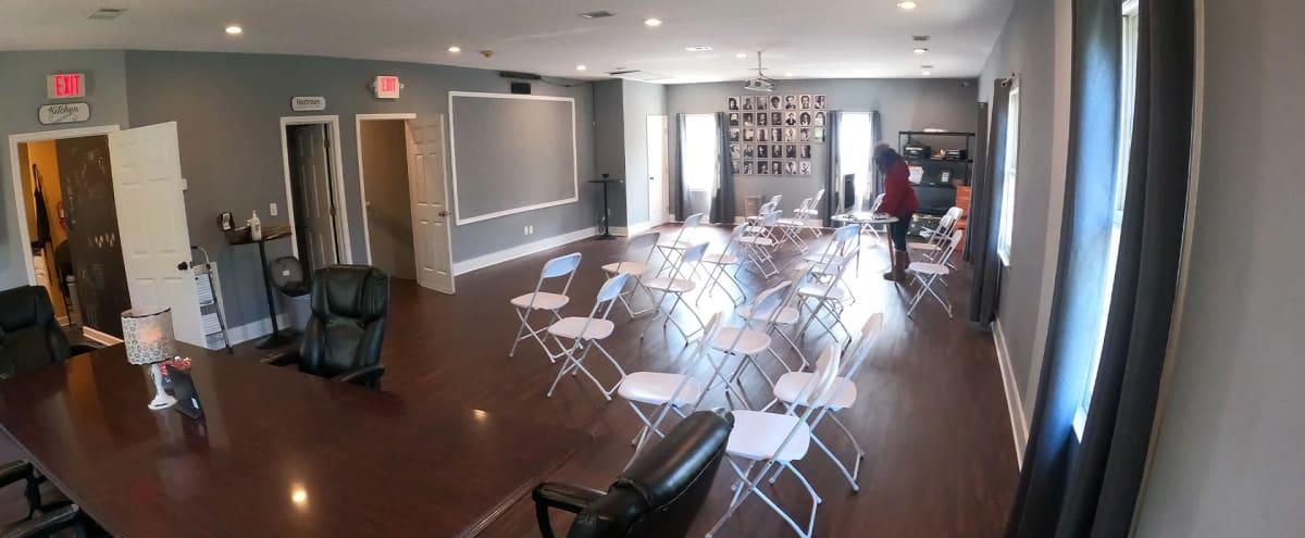 Spacious Workshop/Meeting Space in Druid Hills in Atlanta Hero Image in Briarcliff Heights, Atlanta, GA