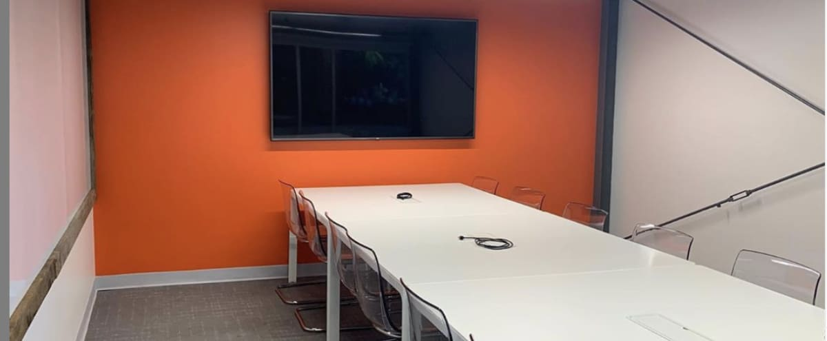 Bright New Conference Room for 12 in Charlotte Hero Image in Westover Hills, Charlotte, NC