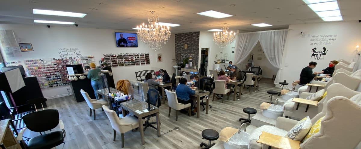Beautiful Nail Salon in the Valley in Arleta Hero Image in Arleta, Arleta, CA