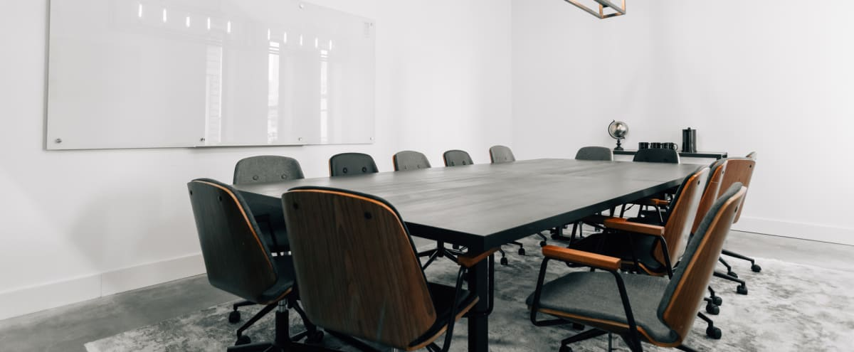 Private Conference Room - Bright & Modern in Houston Hero Image in East Downtown, Houston, TX