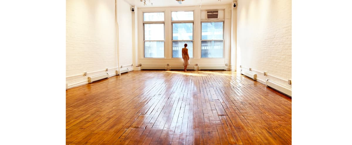 Super-Affordable, Spacious, Downtown NYC Photo Studio / Loft Right in the Middle of Everything in New York Hero Image in Little Italy, New York, NY