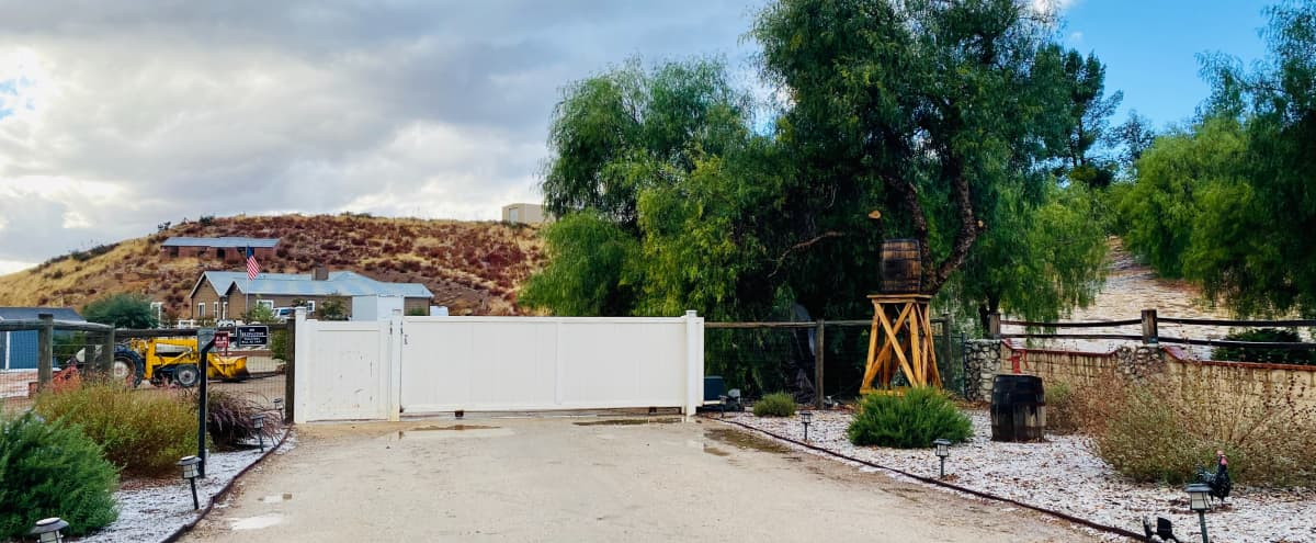 Country Estate in Agua Dulce Hero Image in undefined, Agua Dulce, CA