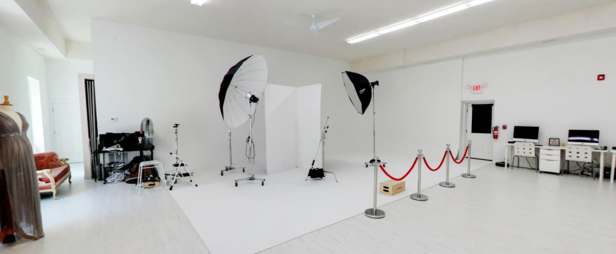 Stunning Photo Studio | 16' ceilings with 30' infinity CYC WALL located 15m outside of Boston MA | Private parking lot in North Reading Hero Image in undefined, North Reading, MA