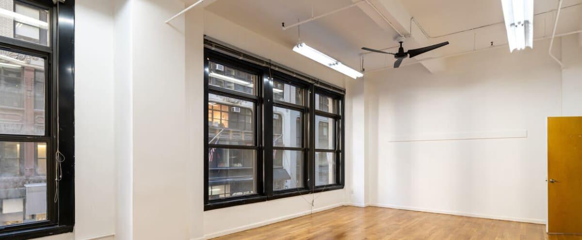 Midtown Studio 1 in New York Hero Image in Midtown Manhattan, New York, NY
