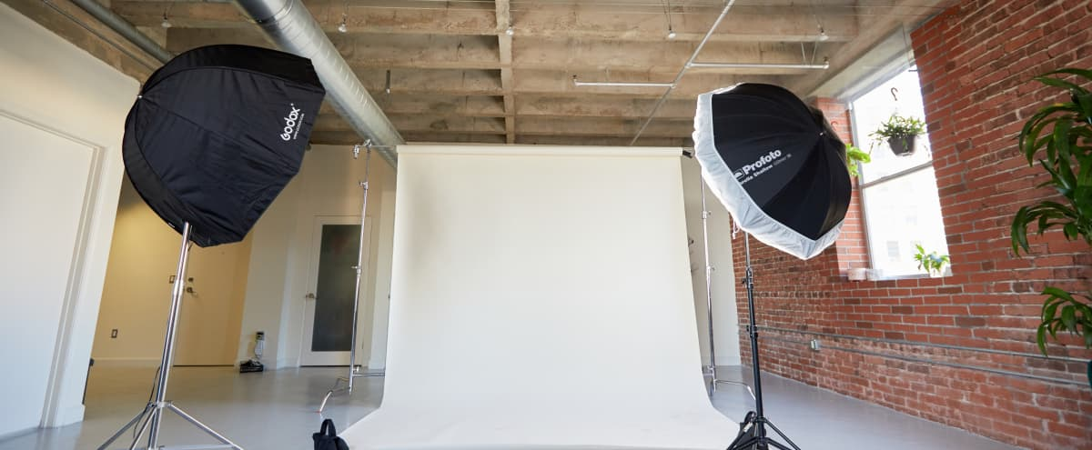 Huge DTLA Industrial Studio - Photo   Video   Podcasts in Los Angeles Hero Image in Central LA, Los Angeles, CA