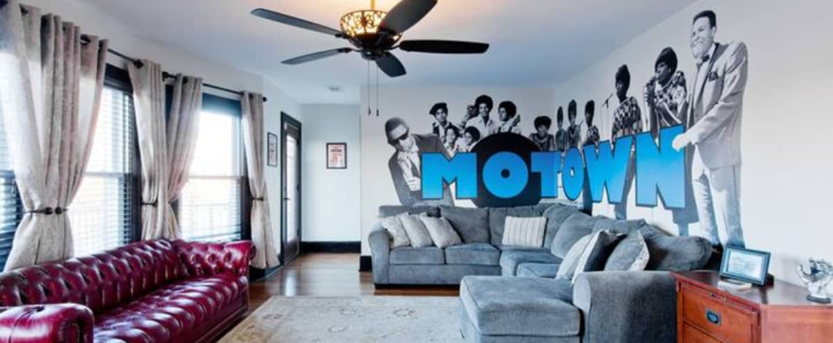 Motown Music-themed Space perfect for Photoshoots in Detroit Hero Image in NW Goldberg, Detroit, MI