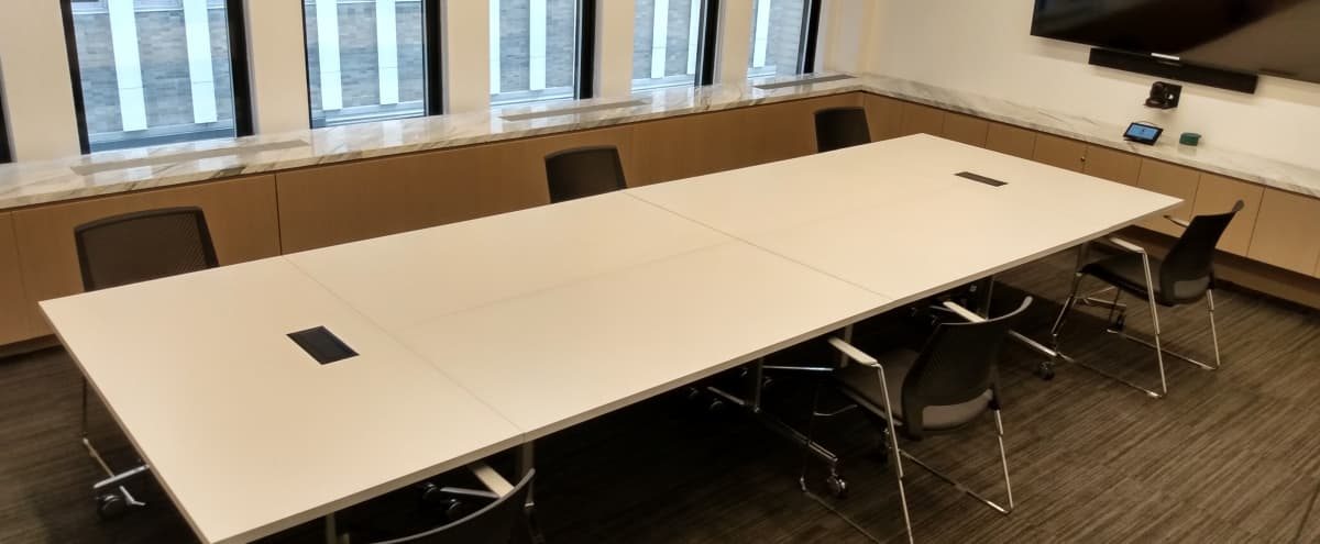 Modern Off Site Conference Meeting Room (A) in Midtown, Close to Bryant Park in New York Hero Image in Midtown Manhattan, New York, NY