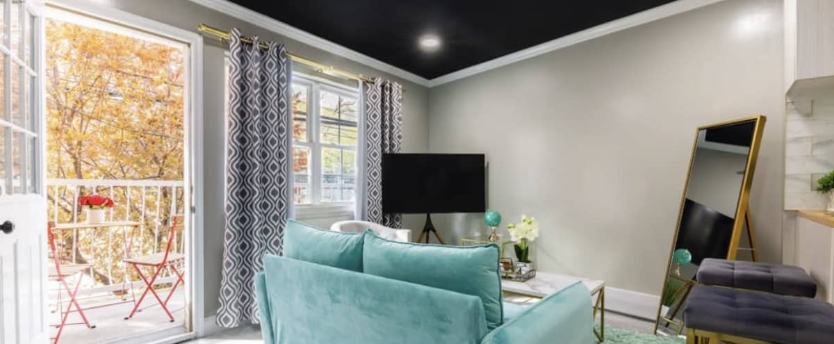 Luxury inspired 3BR and 2BA Apartment in Bronx Hero Image in Foxhurst, Bronx, NY