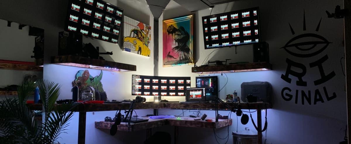 Industrial Cozy Multi-Media Studio in Chicago Hero Image in South Side, Chicago, IL