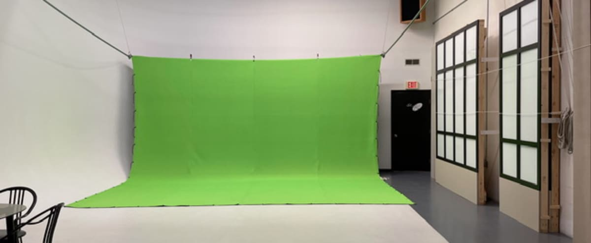 Commercial Photo & Video Production Studio with Gigabit Ethernet! in Seminole Hero Image in undefined, Seminole, FL