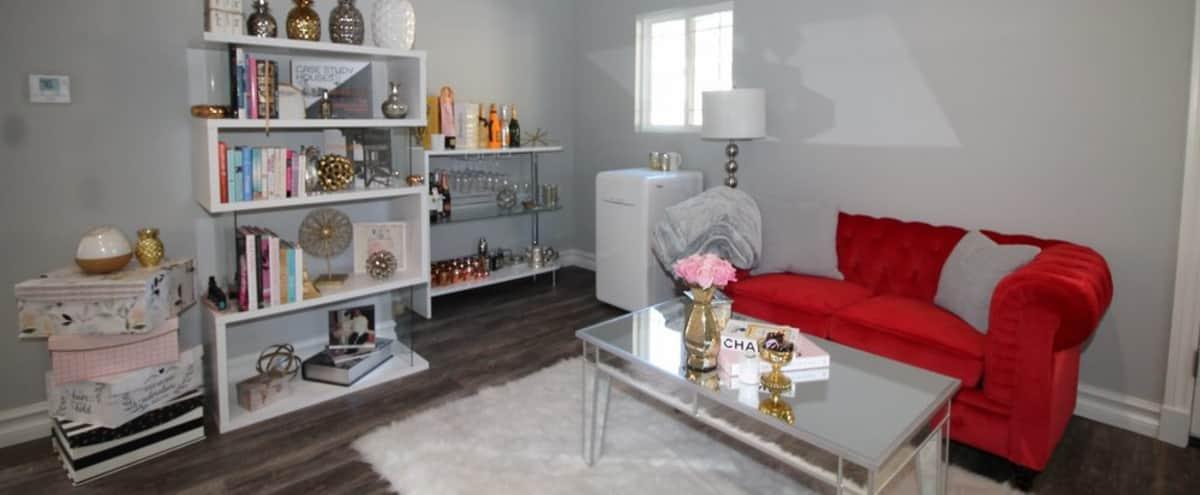 office suite with multi looks in Glendale Hero Image in Grandview, Glendale, CA