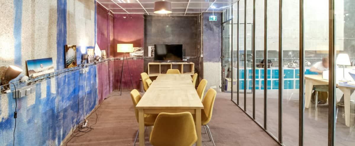 Salle de réunion pour 12 personnes proche métro Bonne Nouvelle in paris Hero Image in Petites Écuries, paris,