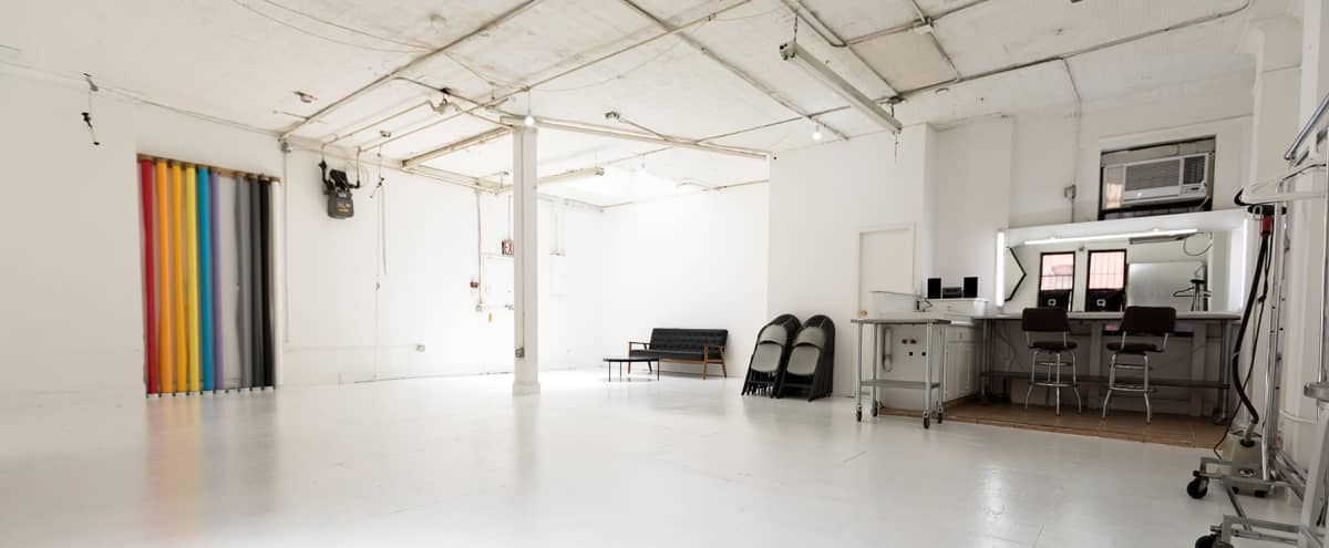 1000 sq/ft Photo Studio & Creative Space in New York Hero Image in Lower Manhattan, New York, NY