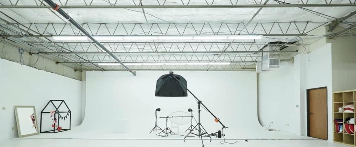 Incredible All White Photo Studio in Addison Hero Image in undefined, Addison, TX