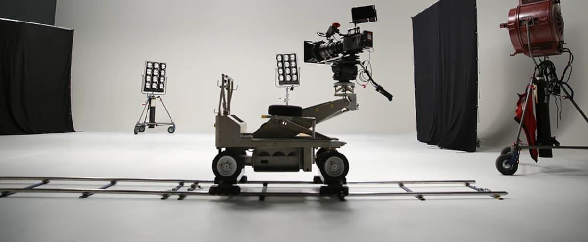 50x60 Film / Photo Studio with 20ft Cyc Walls + Plenty of Gear in Phoenix Hero Image in South Mountain Village, Phoenix, AZ