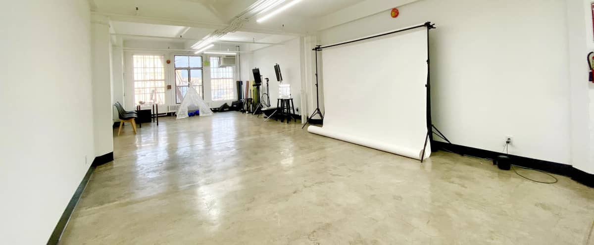 Downtown Photo/Video Studio with Natural Light in Los Angeles Hero Image in Central LA, Los Angeles, CA