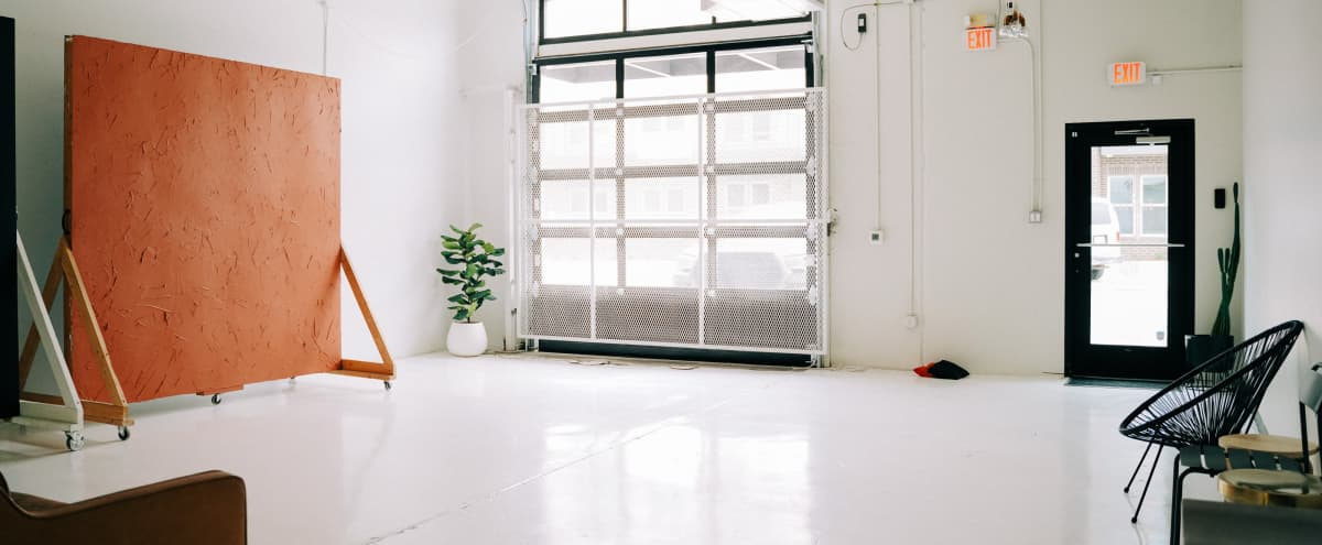 White + Bright Natural Light Studio | Room #1 in Fort Worth Hero Image in Paschal Area, Fort Worth, TX