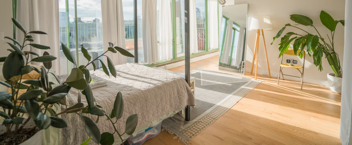 Williamsburg Penthouse Bedroom with Incredible View in BROOKLYN Hero Image in Williamsburg, BROOKLYN, NY