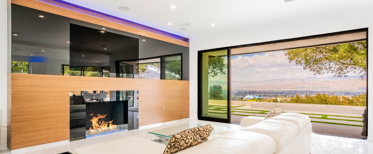 NEW ULTRA MODERN VIEWS POOL Hollywood Hills in Hollywood Hills Hero Image in Studio City, Hollywood Hills, CA
